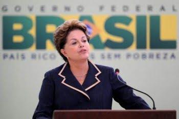 """Rousseff dijo que no responderá al ex represor de la policía brasileña que la llamó """"terrorista"""""""