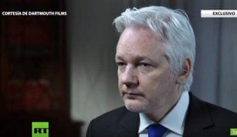 Comicios en EEUU: Assange explicó los vínculos de Clinton con Wall Street, la guerra de Libia y los financistas del Estado Islámico