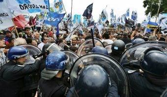 La ministra Bullrich justificó una guerra de la Policía contra las organizaciones kirchneristas por el territorio