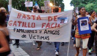 La madre de Lucas Carrazco denunció que una mafia policial persigue a su familia desde que asesinaron a su hijo
